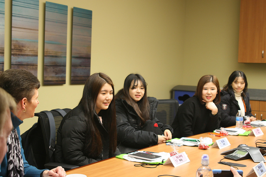 2016 Ulsan College Students
